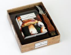 Coffret Larousse Champignons/THE LAROUSSE MUSHROOMS BOX - Guillaume Eyssartier